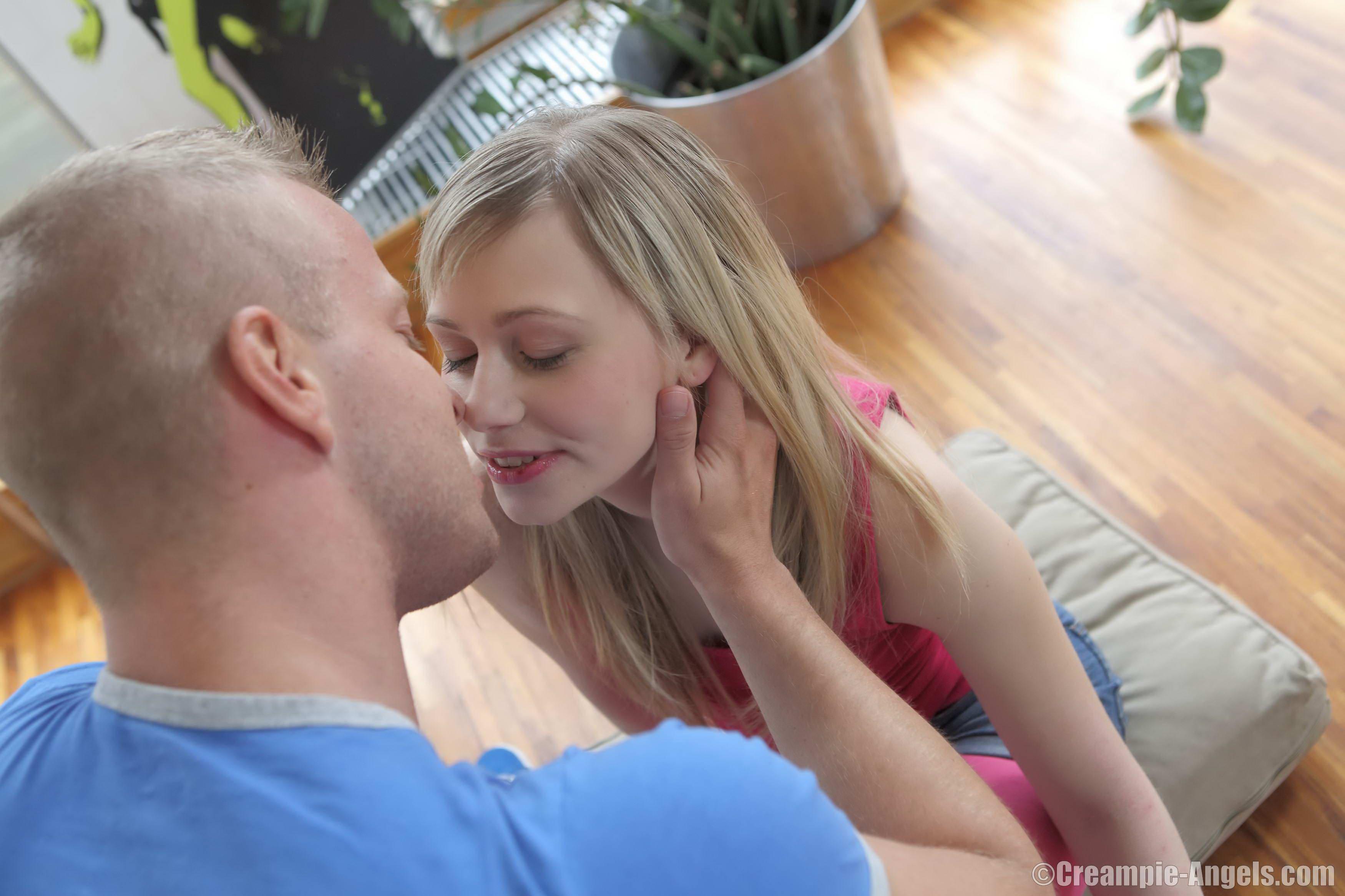 Blonde Teen Screaming Orgasm