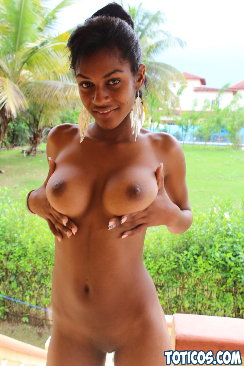 nude girls huge dildo