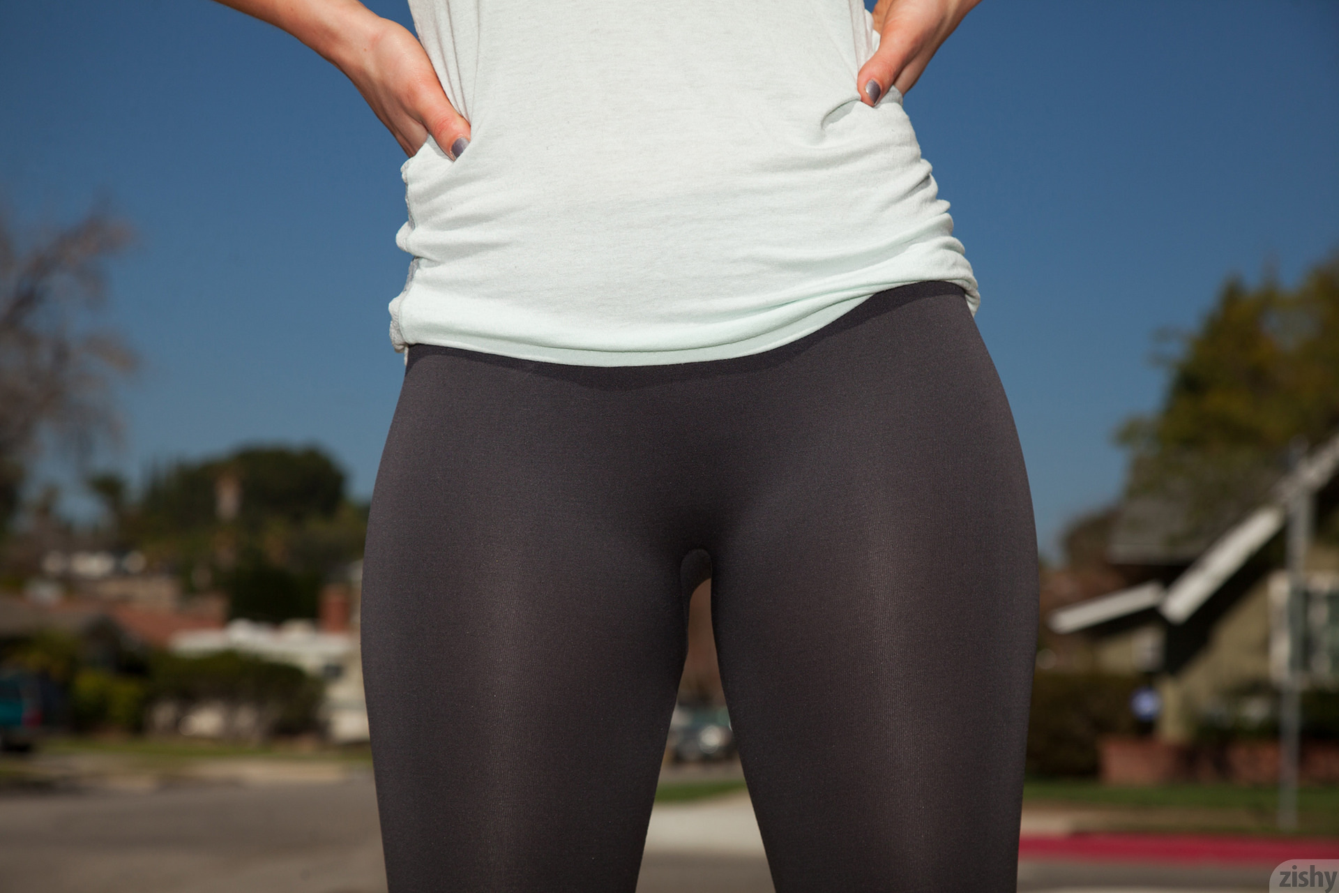 Sheer Pantyhose Works Out 87