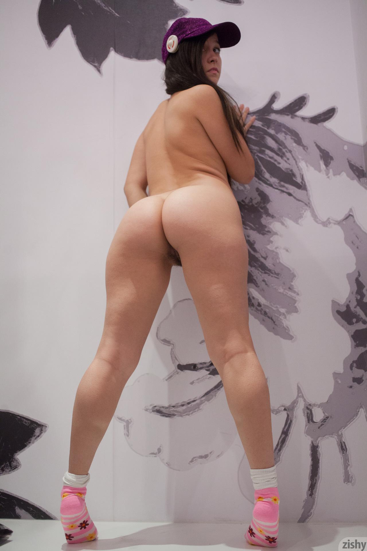 Секс брюнетка примерочная 23 фотография