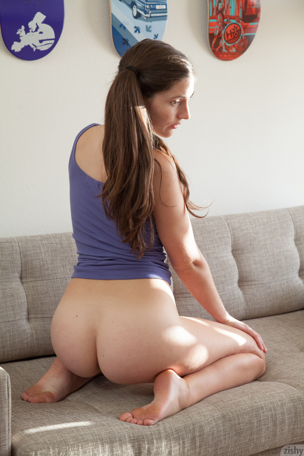 image Pissing in purple panties with a camel toe