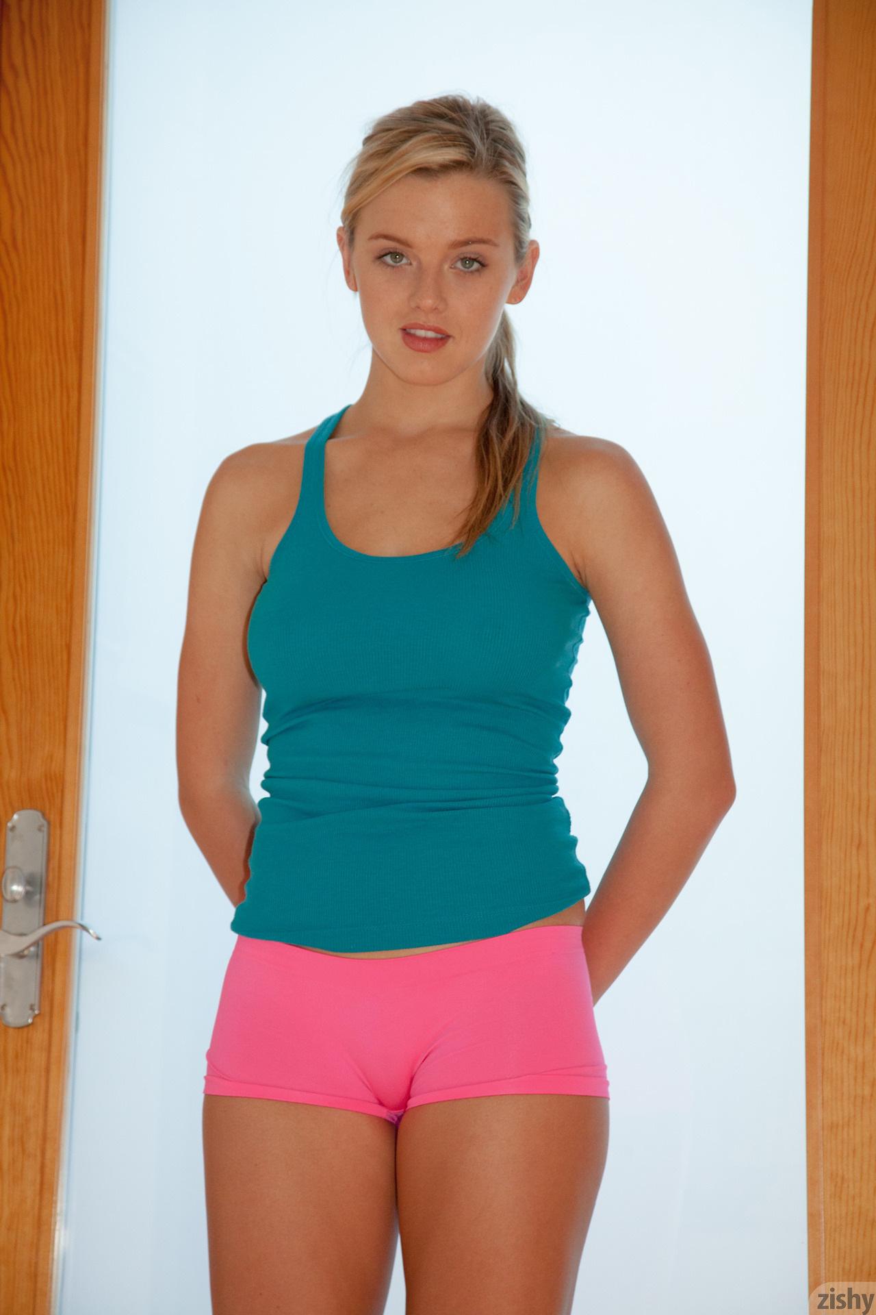 pink everett yoga Bristol hot