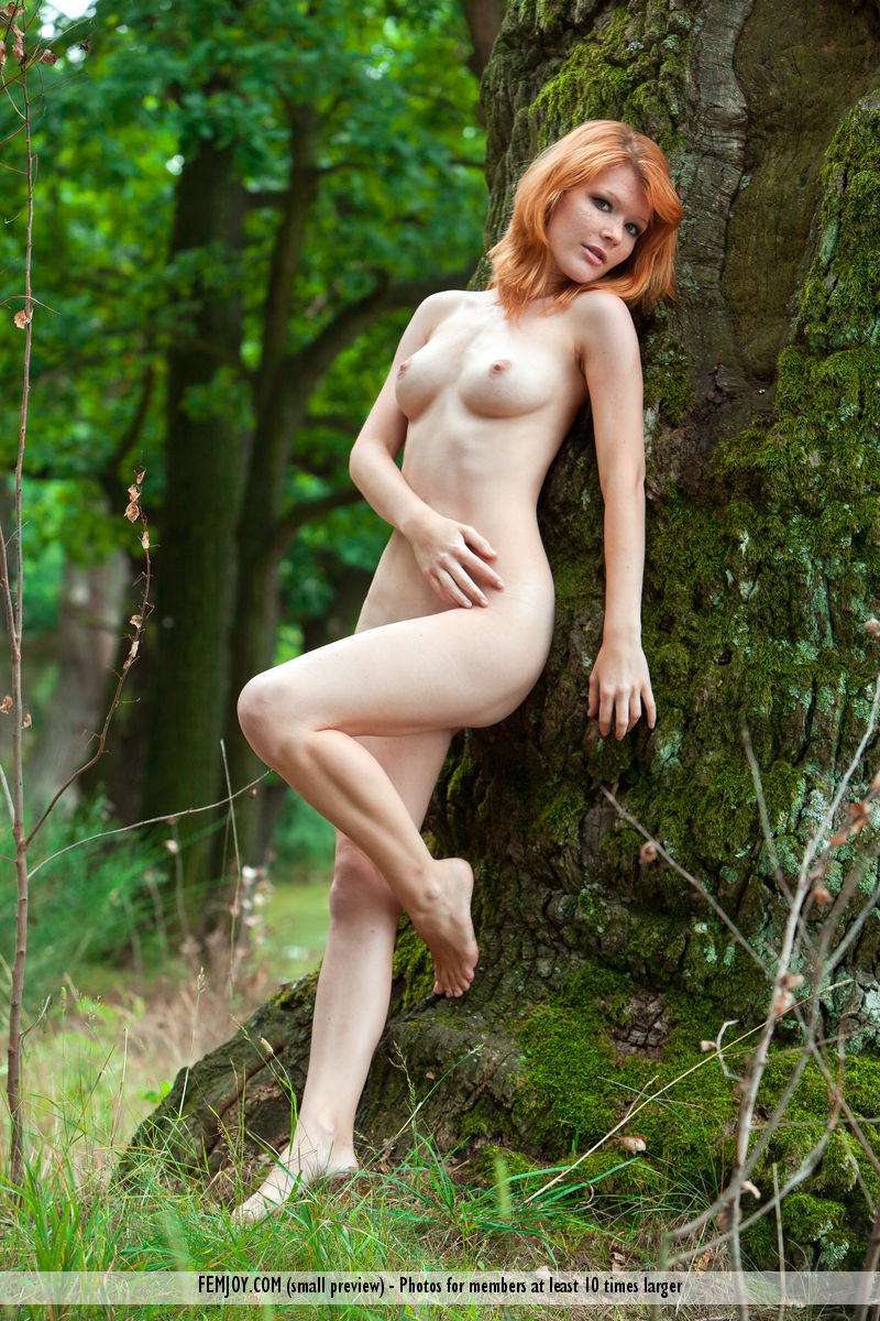 Country women small perky threesome